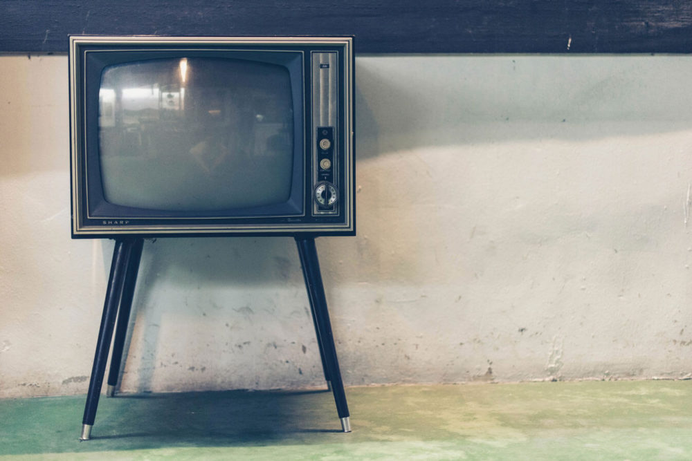 MediaWell / Social Science... - The Challenge of Debunking Narratives: How TV News Failed on...